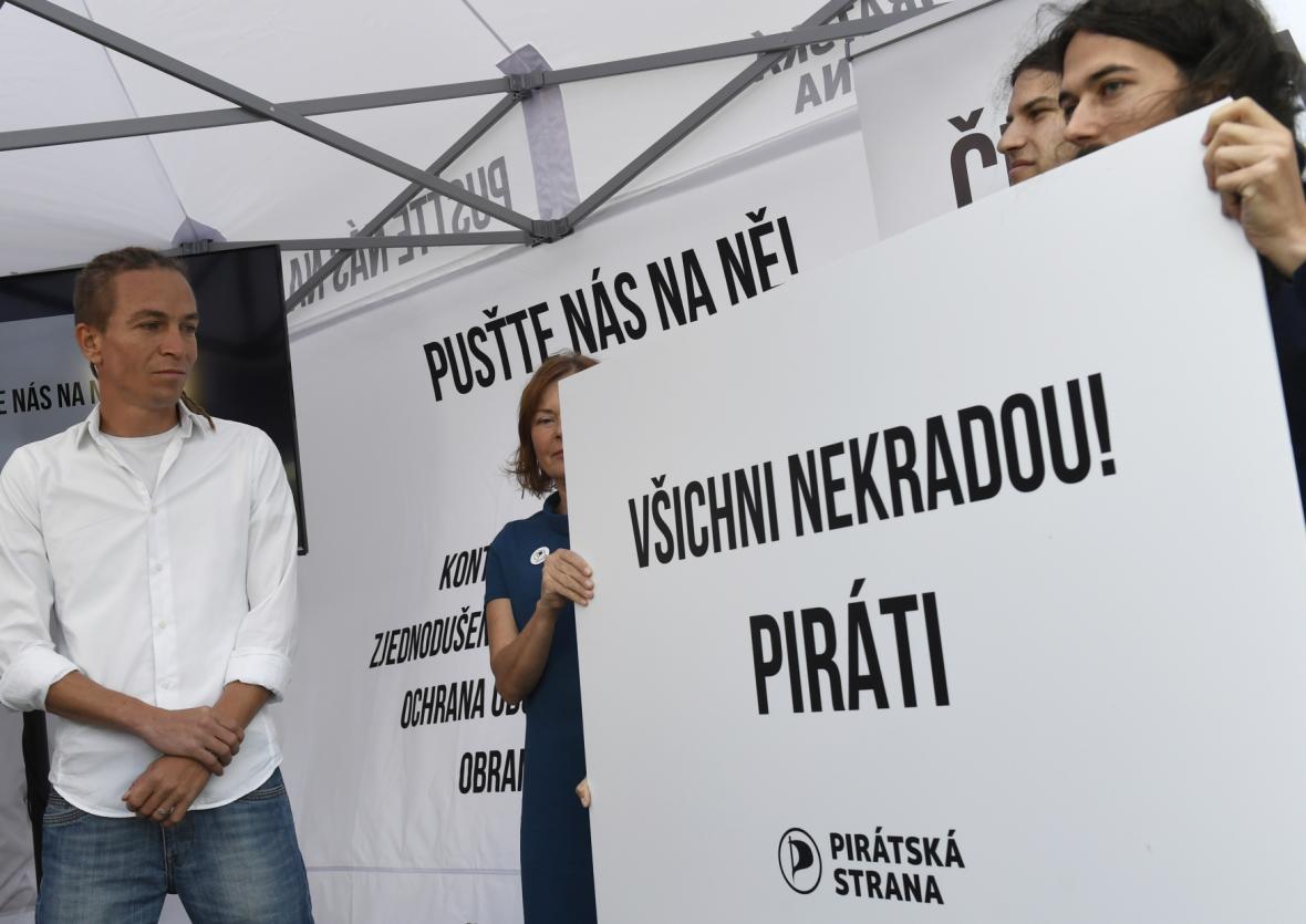 Piráti měli jako hlavní slogan kampaně