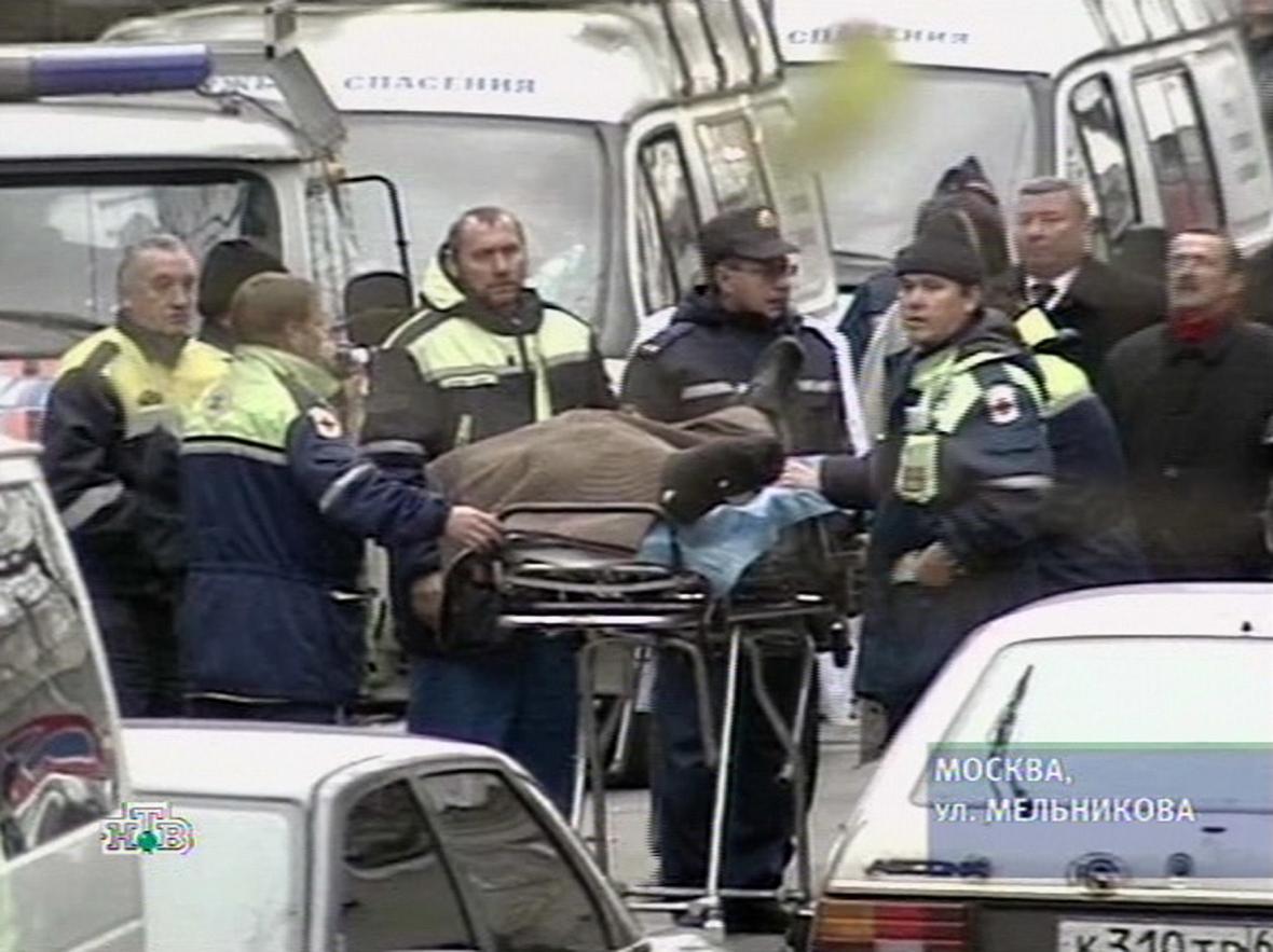 Záchranáři se zraněnými
