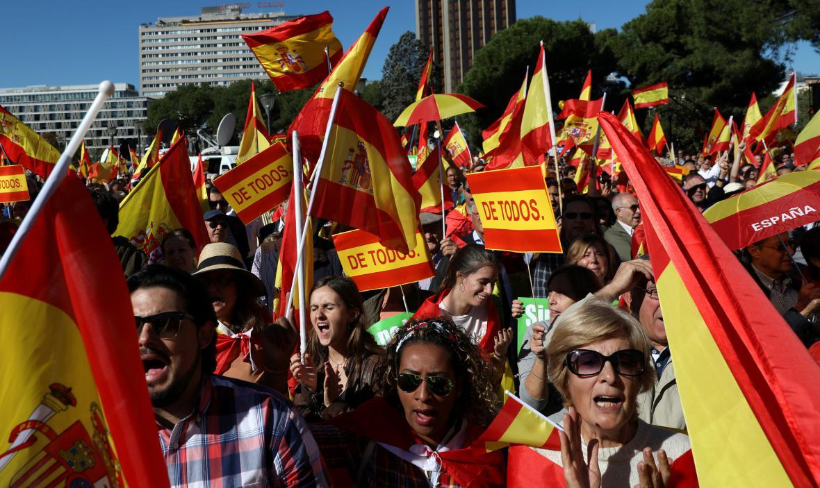Demonstrace v Madridu za jednotu Španělska
