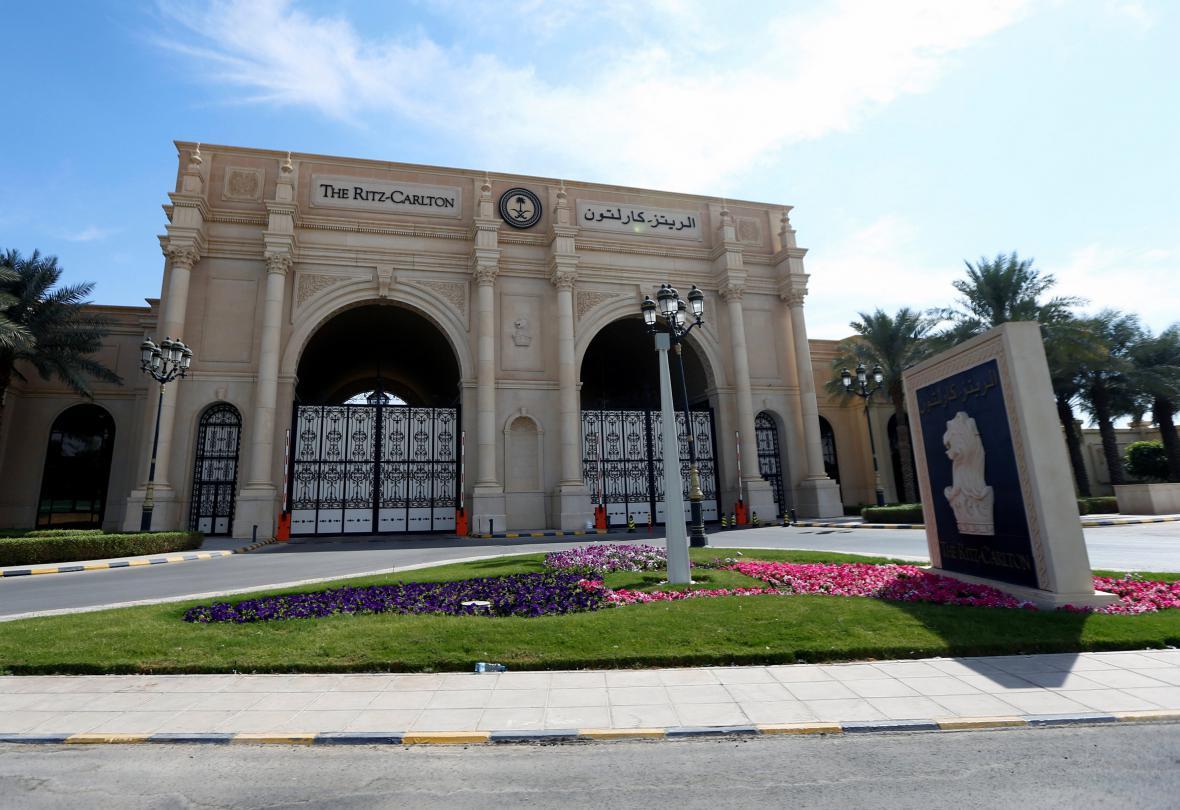 Luxusní hotel v Rijádu, v němž jsou údajní korupčníci zadržováni