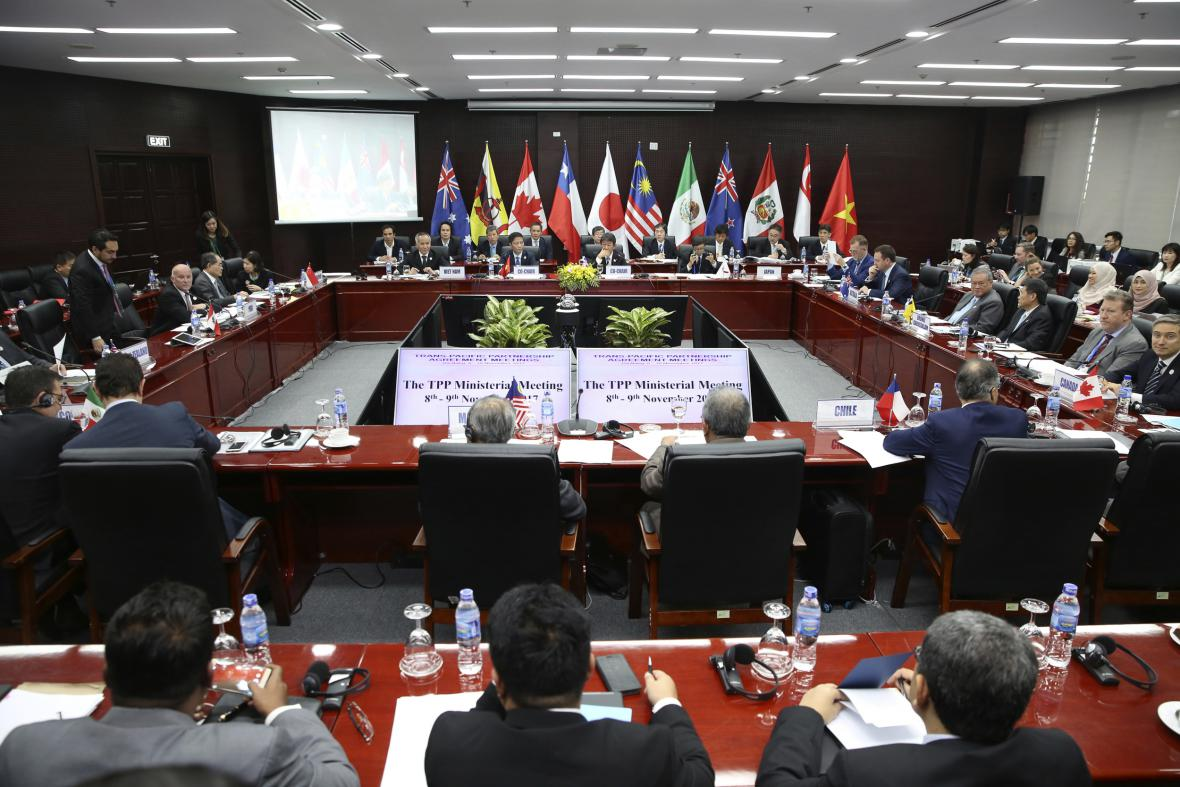 Ministři jedenáctky na summitu APEC