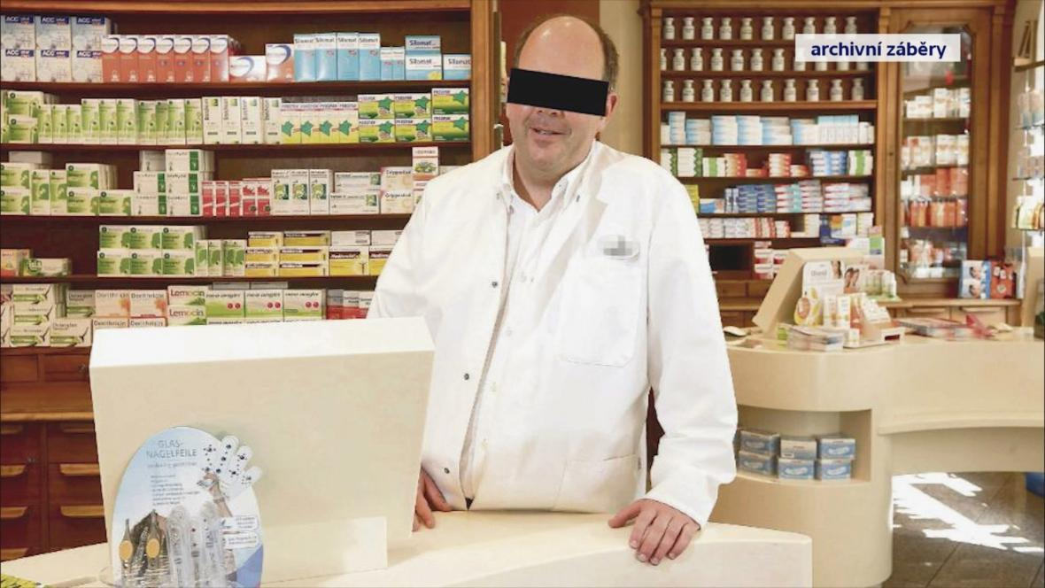Lékárník Peter Stadtmann