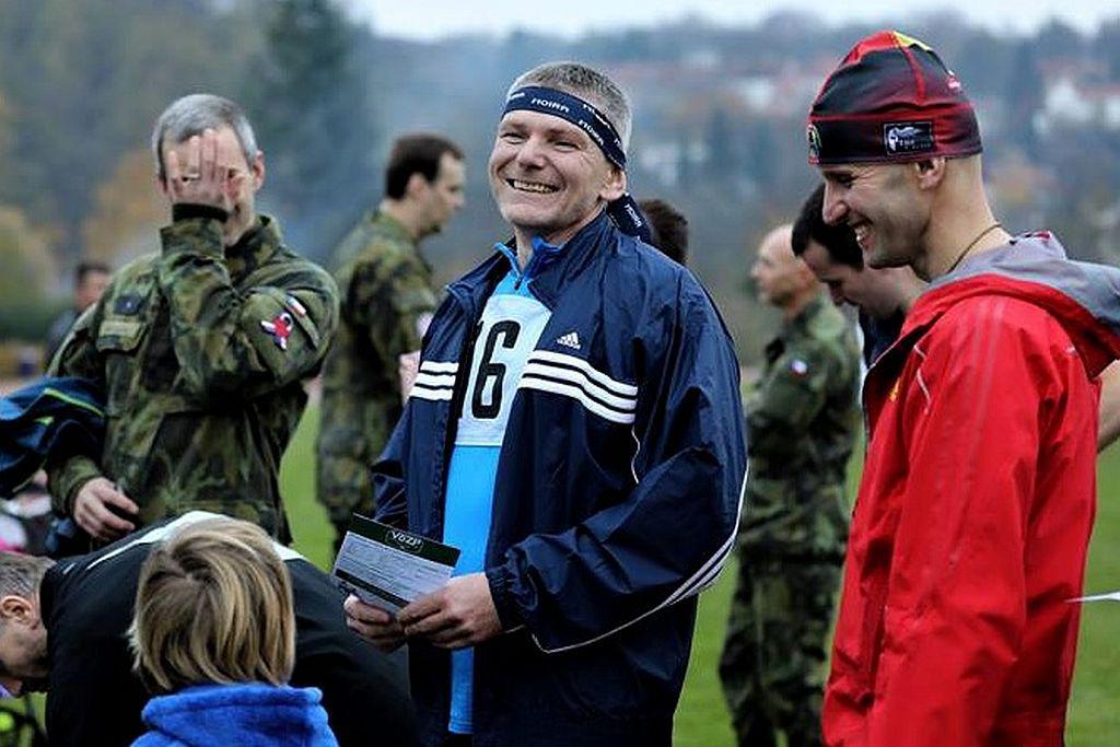 Jiří Hynek při plnění Army testu.