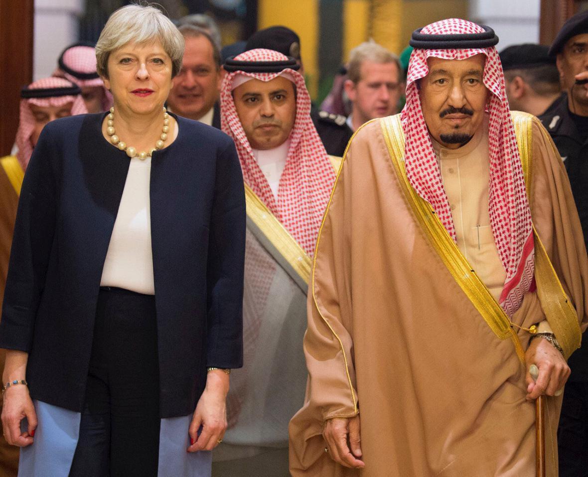 Theresa Mayová se saúdským králem Salmánem