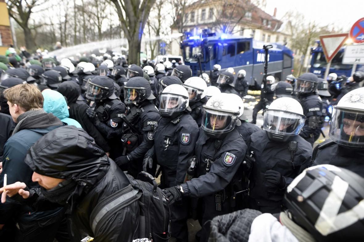 Zásah policie v Hannoveru