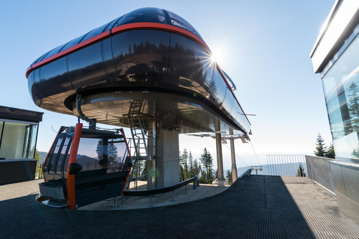 Nová kabinová lanovka na Hraničník v rakouském skiareálu Hochficht