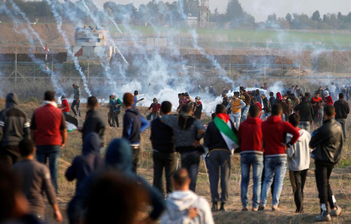 Střety mezi Palestinci a izraelskými jednotkami