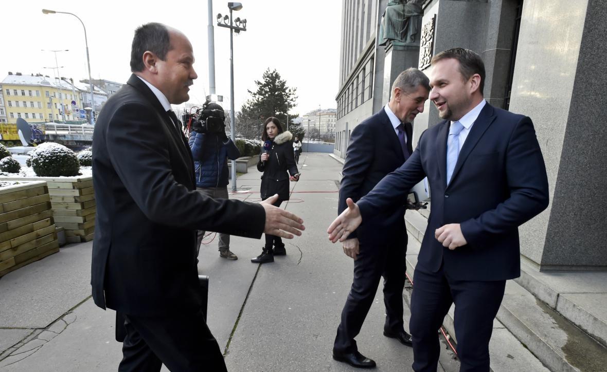 Jiří Milek přebírá úřad od Mariana Jurečky