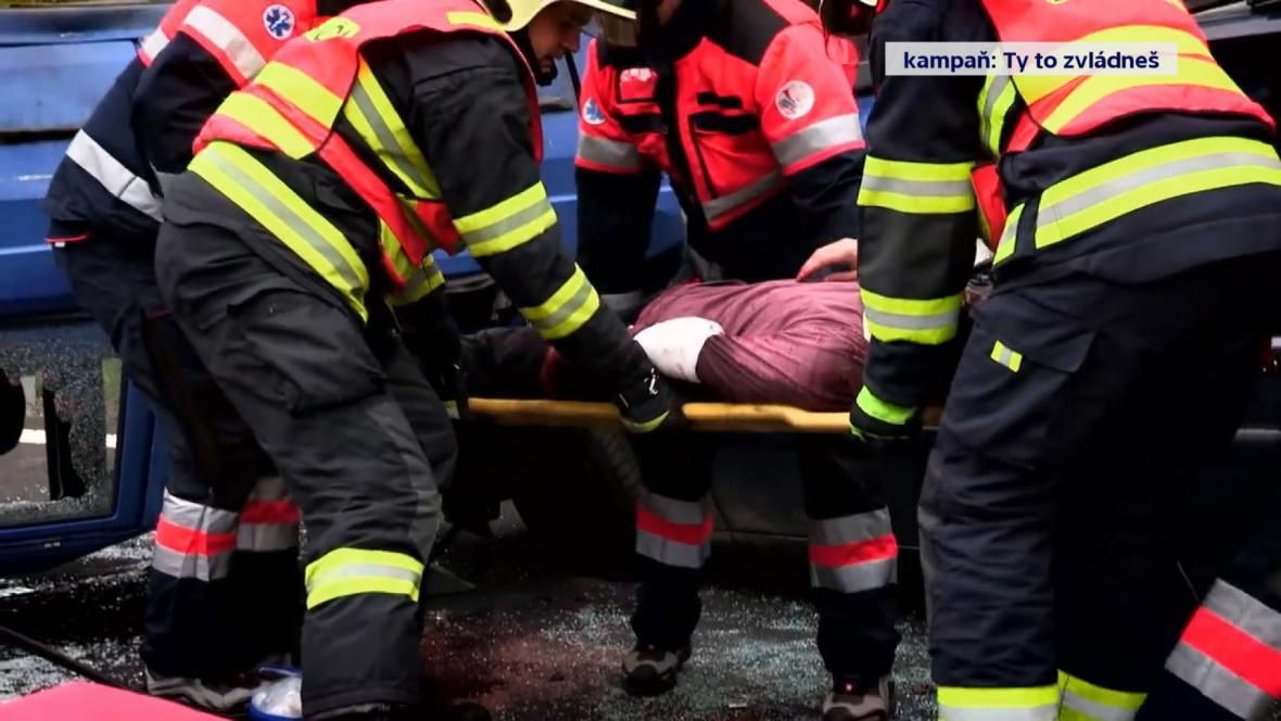 Nácvik záchrany lidí při dopravní nehodě