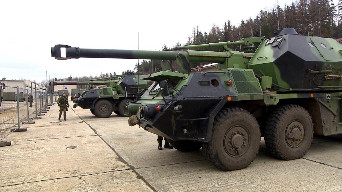 U jednotky v Jincích chybí 430 vojáků