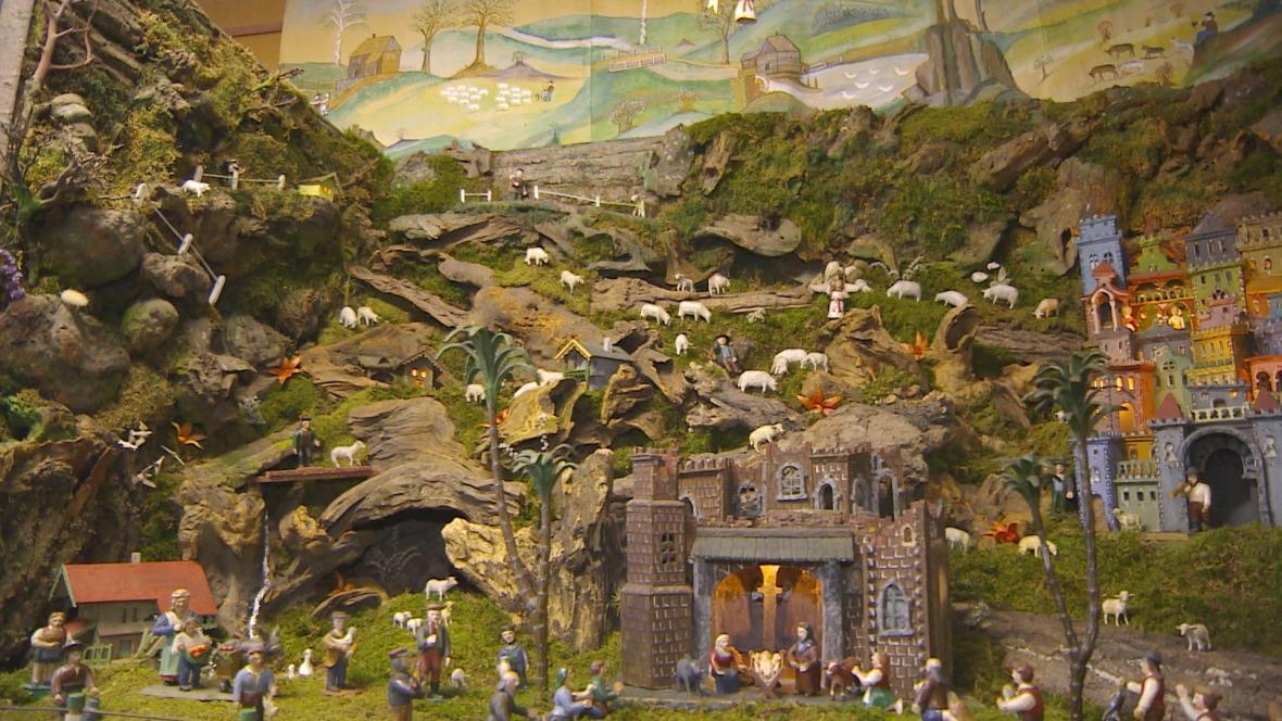 Výroba betlémů má v Třešti dlouhou tradici