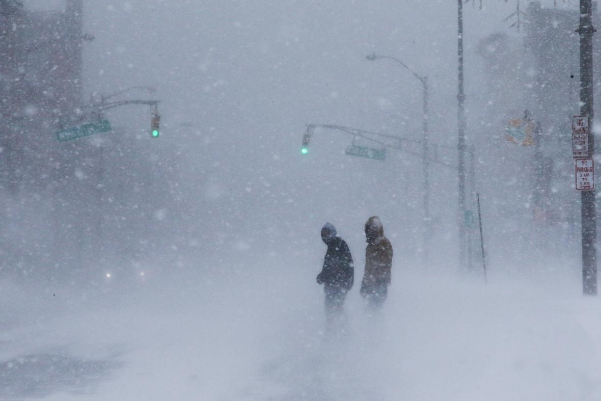 Sněhová bouře zasáhla New York
