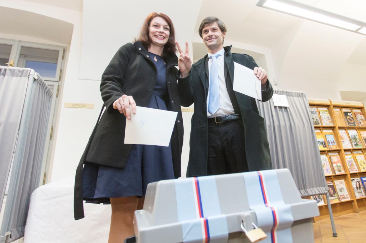 Prezidentský kandidát Marek Hilšer a jeho manželka Monika