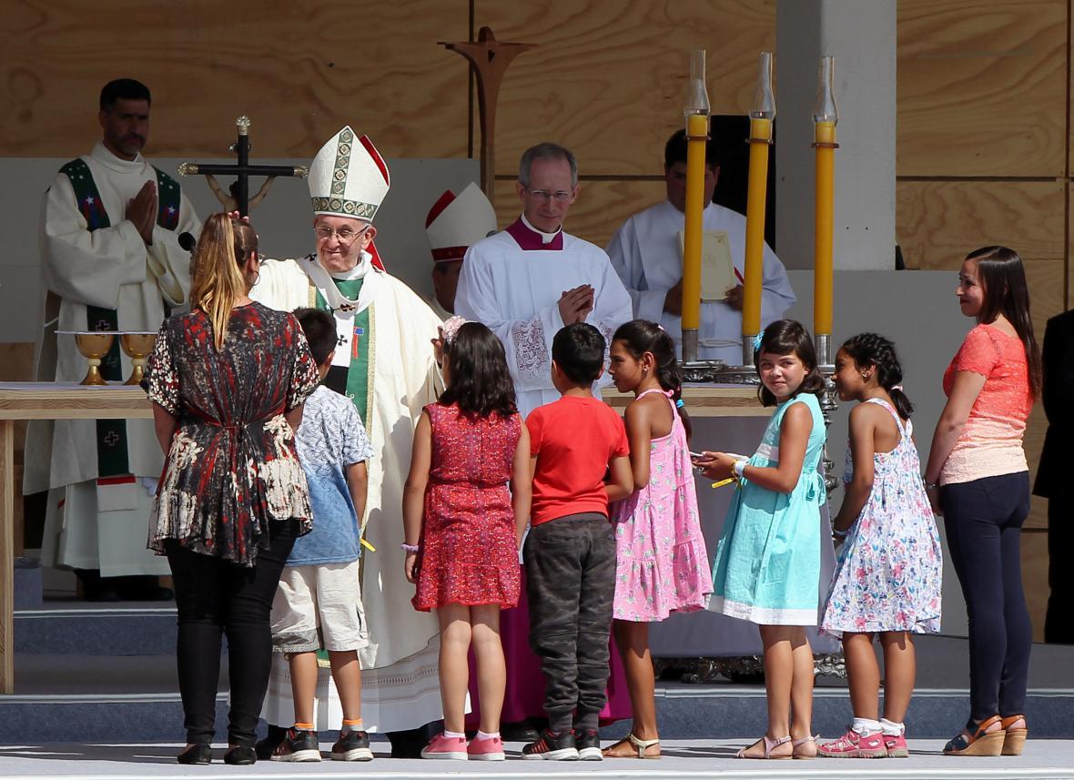 František během mše v Santiagu de Chile