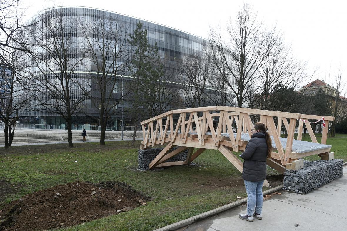 Lávka studentů Fakulty architektur ČVUT pro KRNAP
