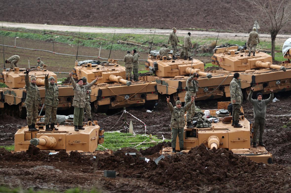 Turečtí vojáci během operace Olivová ratolest