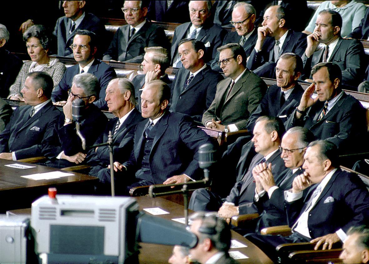 Republikánští členové Sněmovny reprezentantů poslouchají zprávu Lyndon B. Johnsona na zasedání Kongresu ve Washingtonu 14. ledna 1969