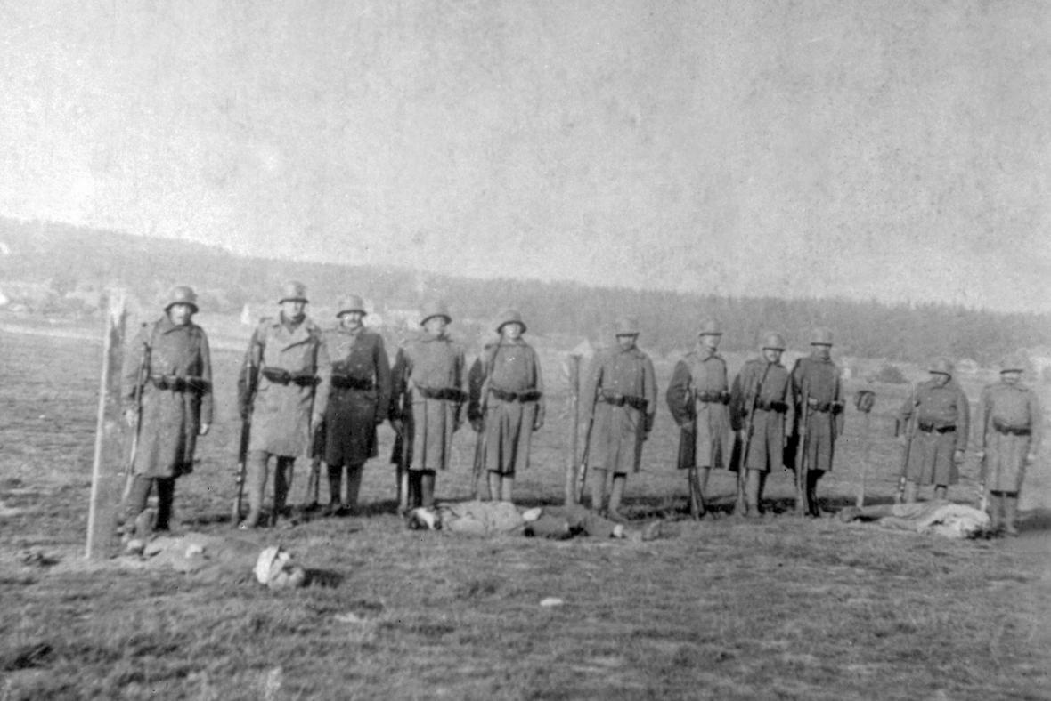 Poprava tří vojáků v Rumburku