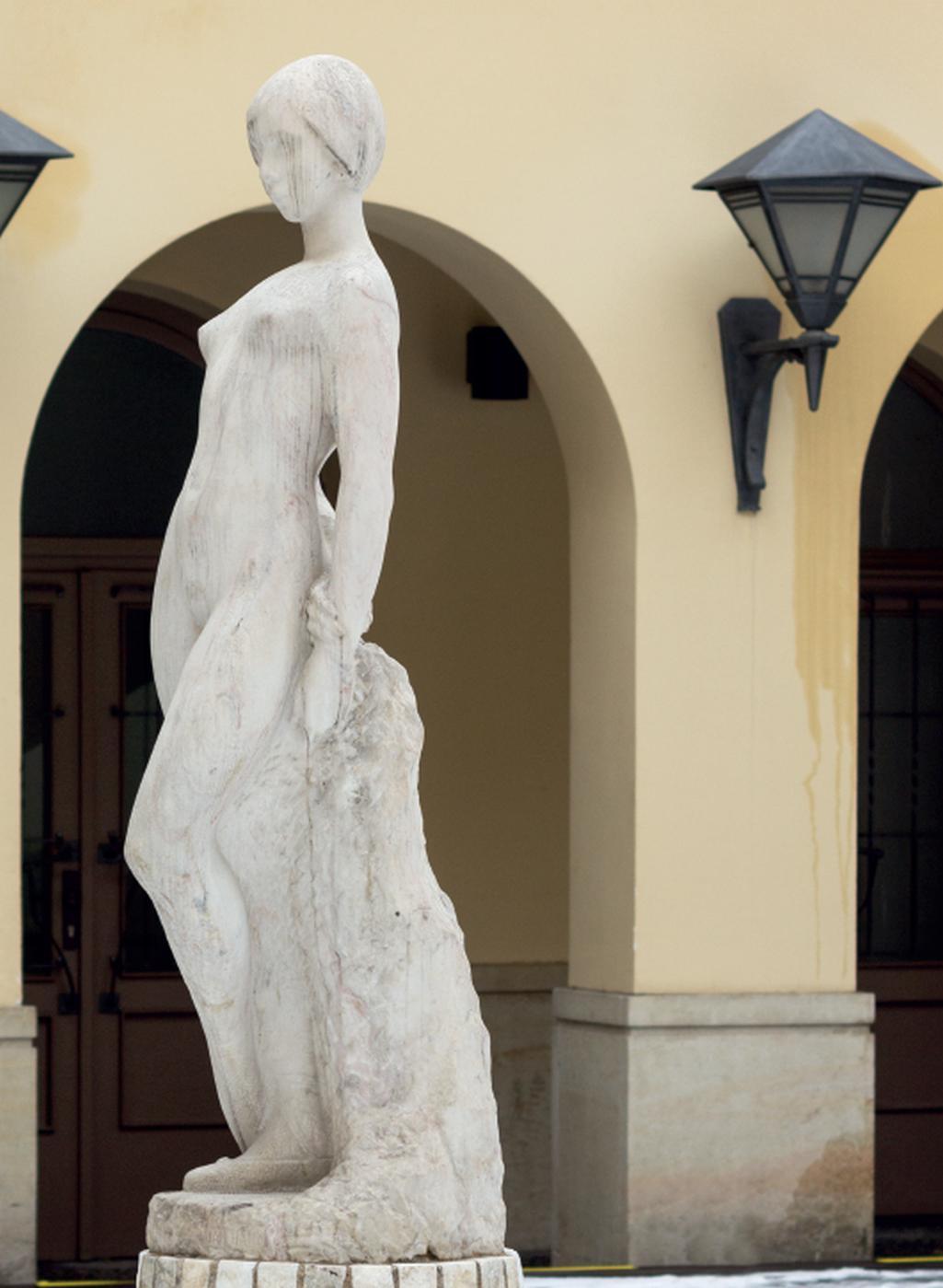 Z publikace Praha erotická