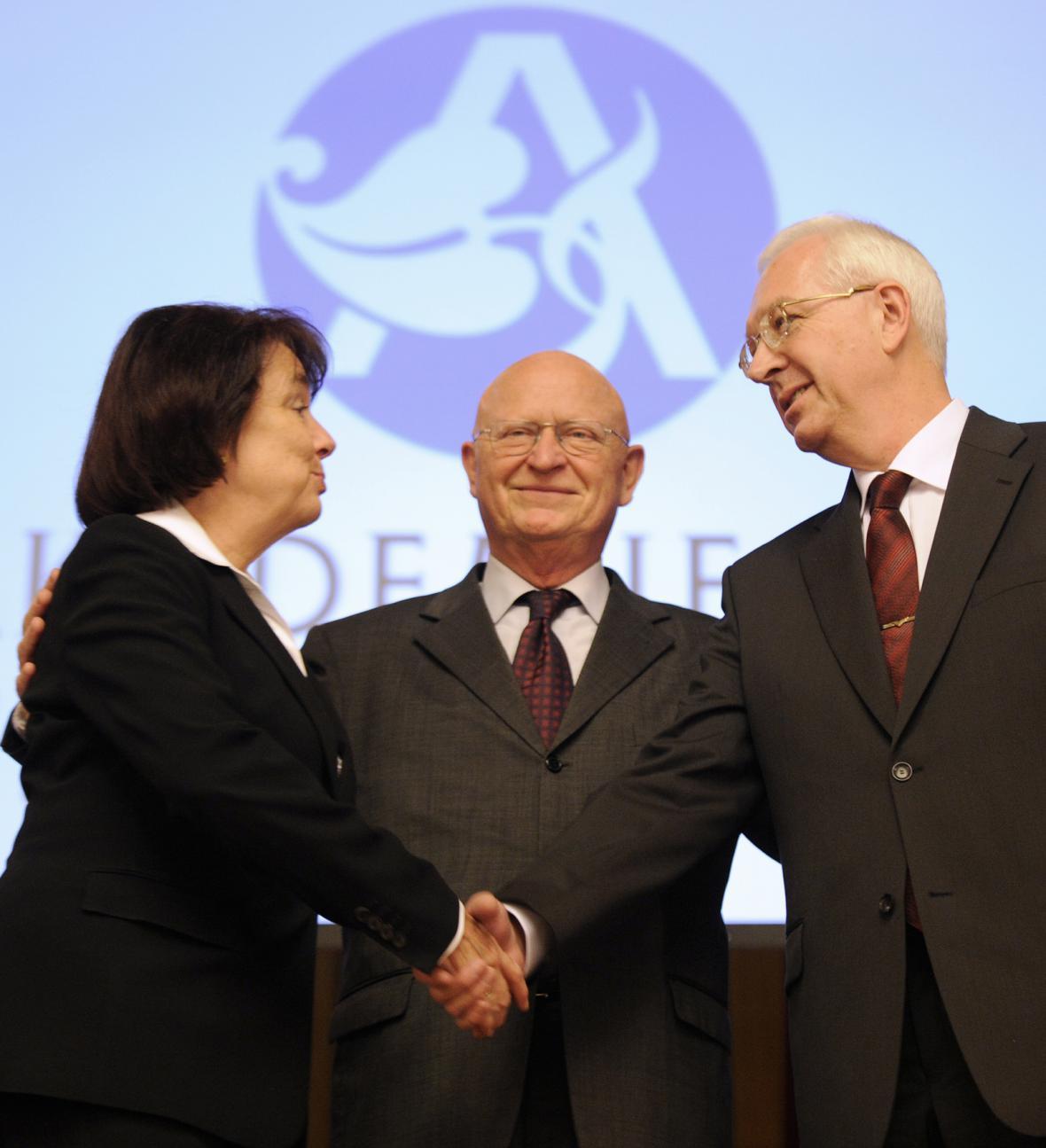 Eva Syková, Václav Pačes a Jiří Drahoš