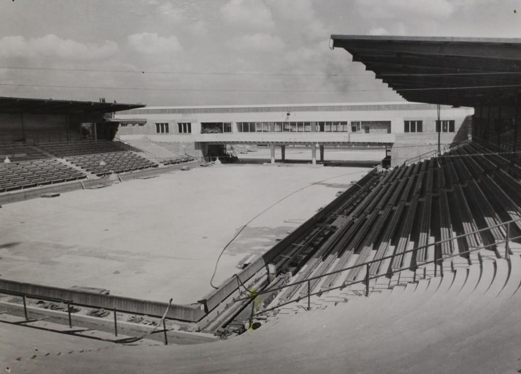 Zimní stadion po dokončení