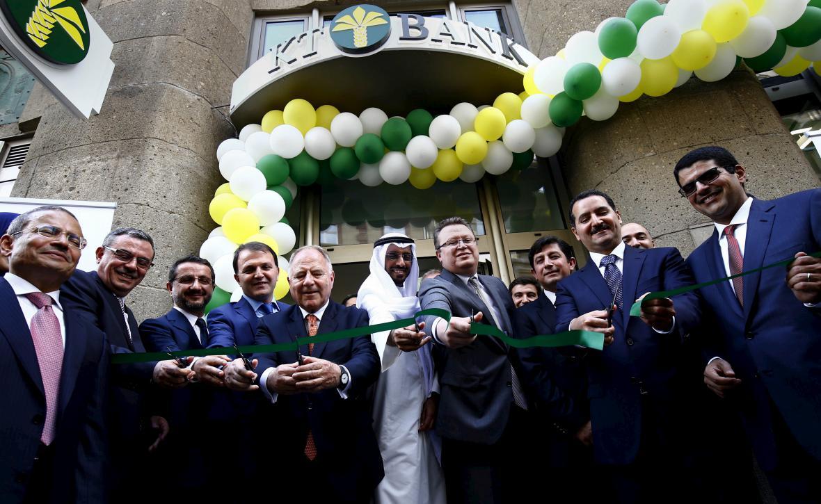 Otevření první pobočky KT Bank ve Frankfurtu nad Mohanem v roce 2015