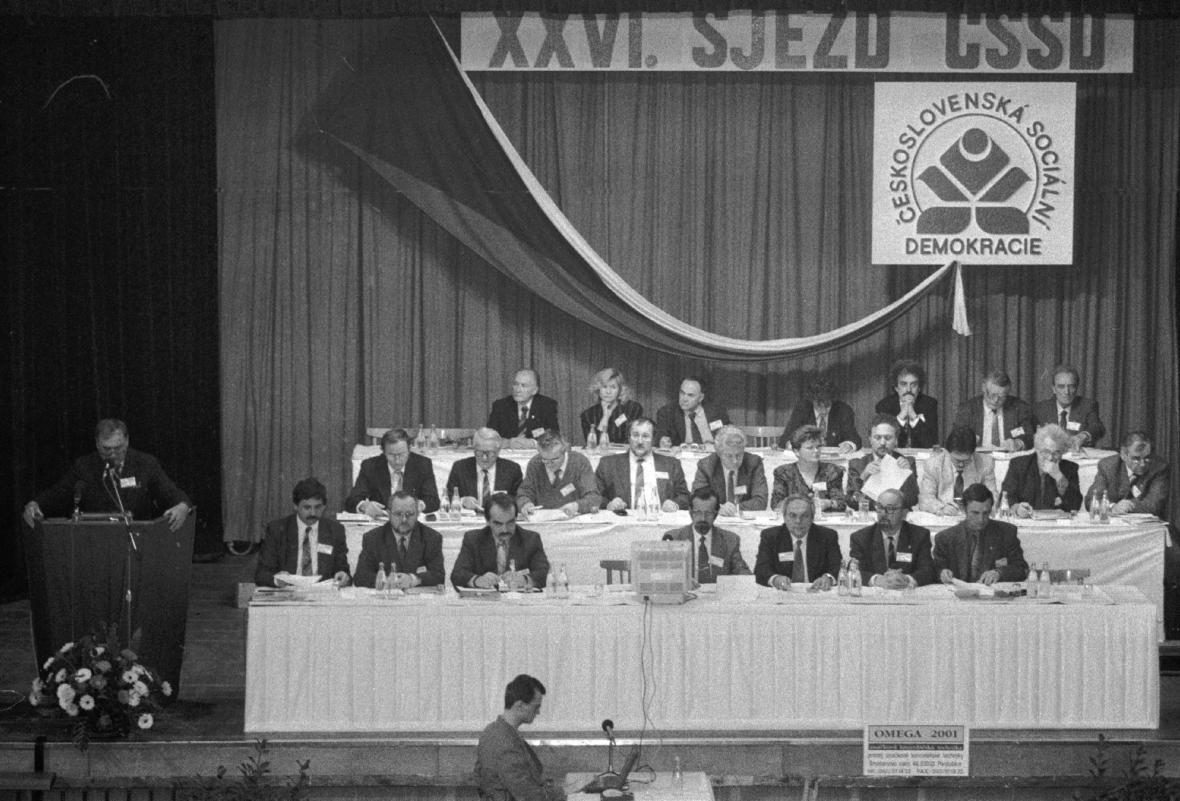 Královéhradecký sjezd ČSSD v únoru 1993