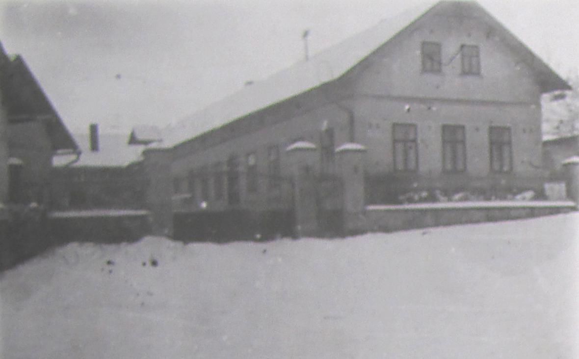 Vršťalův statek na pamětní fotografii