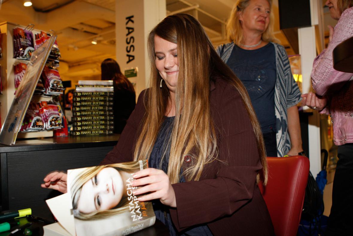 Natascha Kampuschová v srpnu 2016 představila svou knihu Deset let svobody