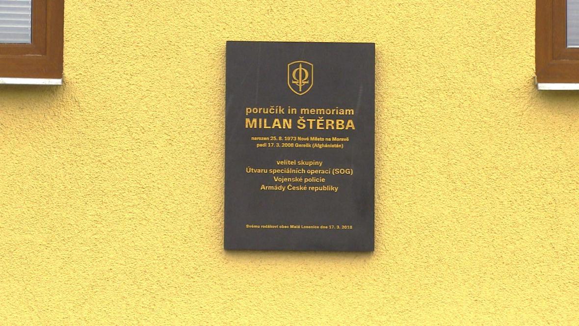 Pamětní deska Milana Štěrby