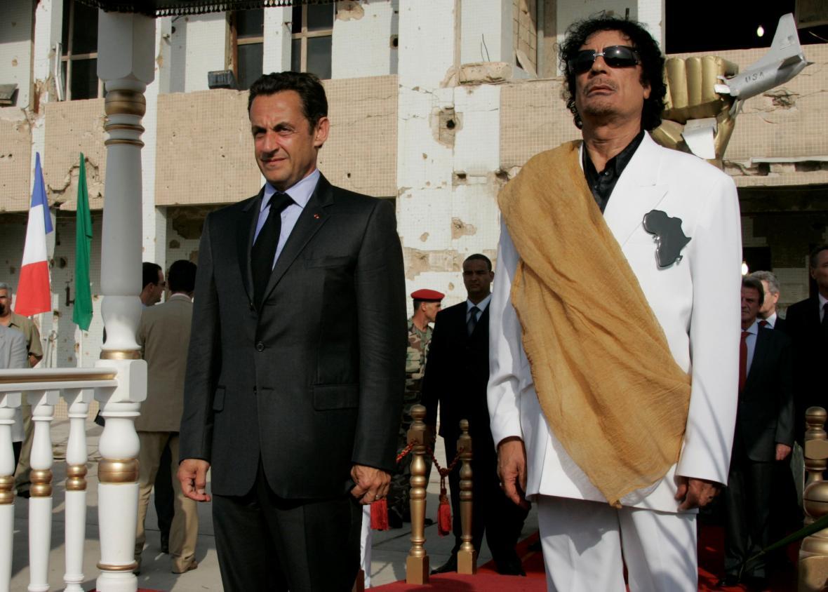 Sarkozy a Kaddáfí na snímku z roku 2007