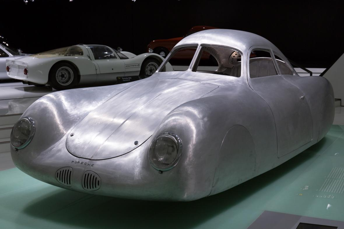 Porsche, typ 64