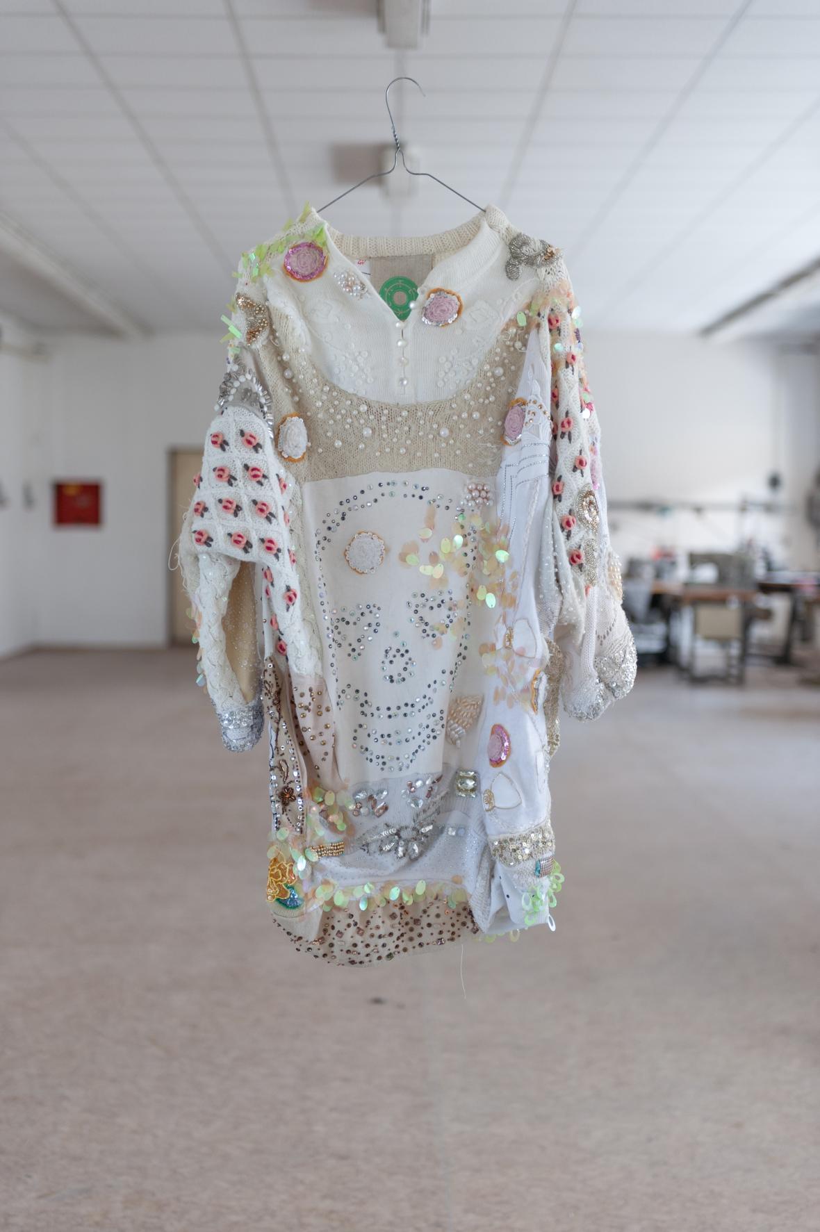 Recyklované šaty od Lenky Vackové