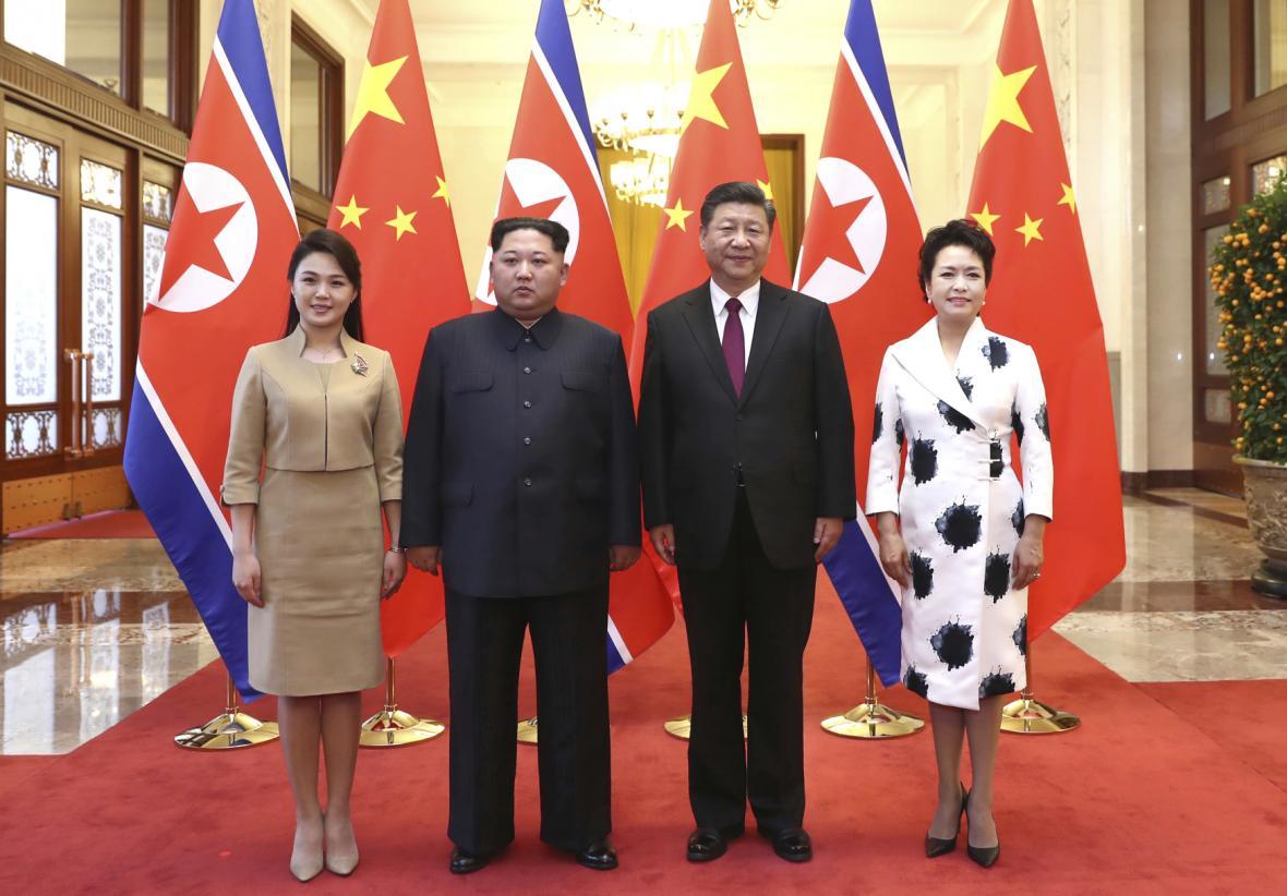 Severokorejský vůdce Kim Čong-un a čínský prezident Si Ťin-pching