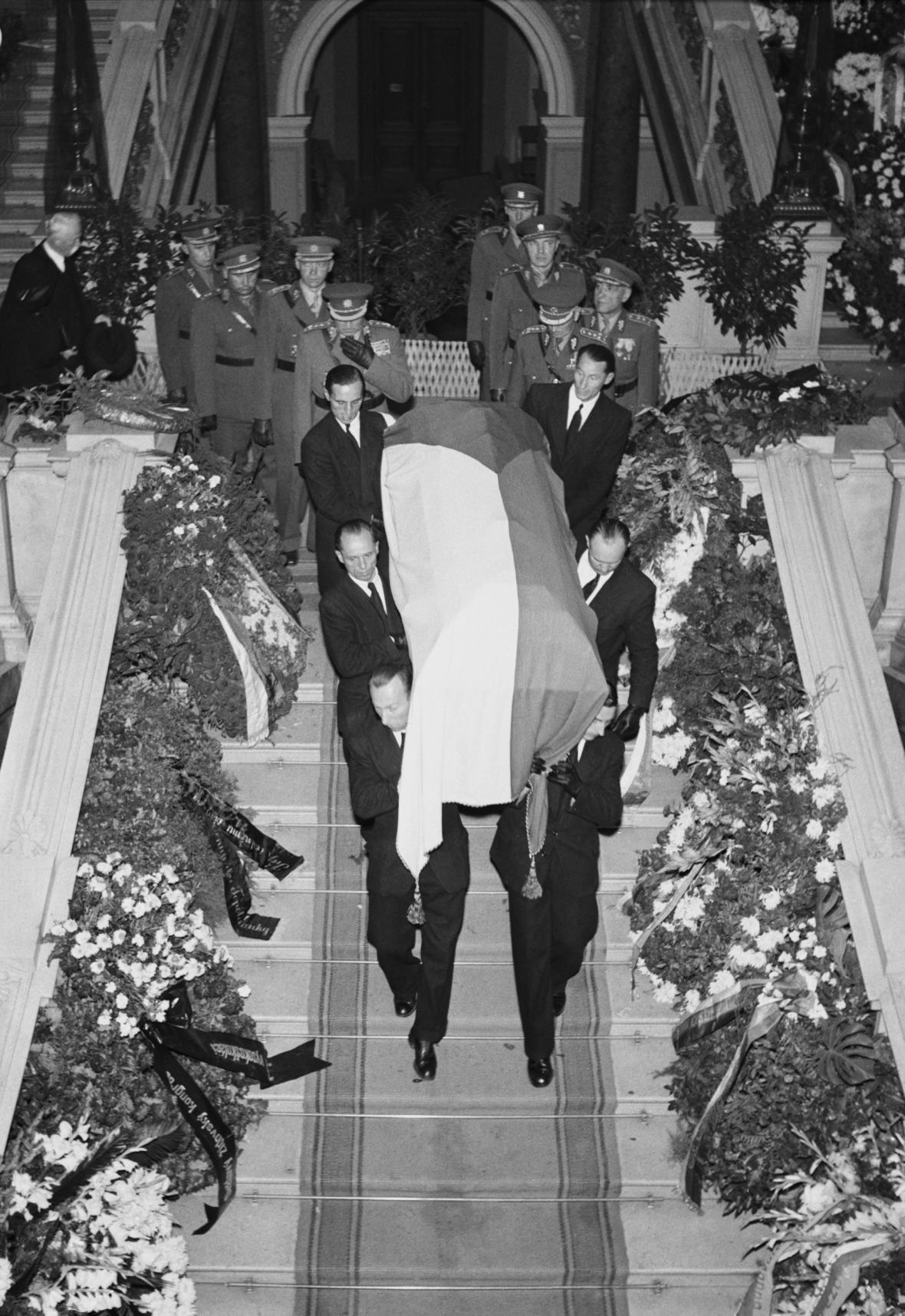 Státní pohřeb prezidenta Edvarda Beneše
