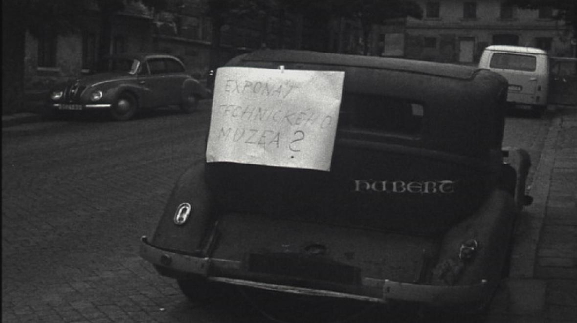 Vraky aut trápily Brno už v roce 1965