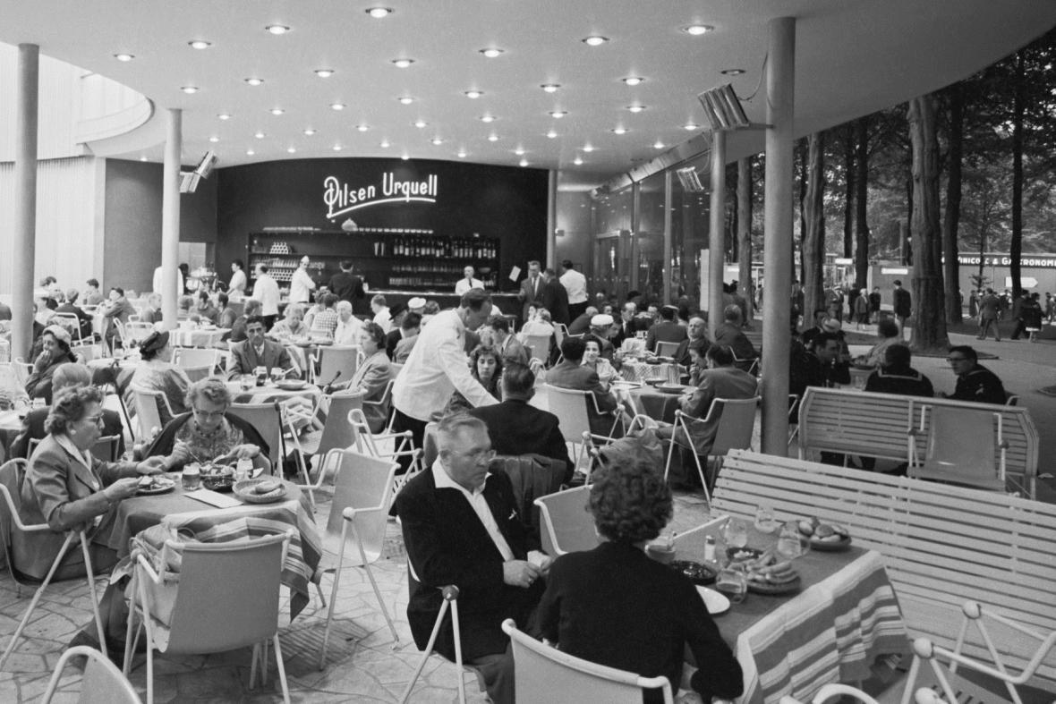 Československá restaurace na Světové výstavě v Bruselu