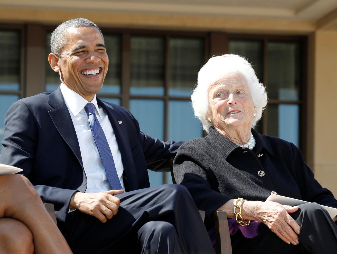 Barbara Bushová s prezidentem Barackem Obamou