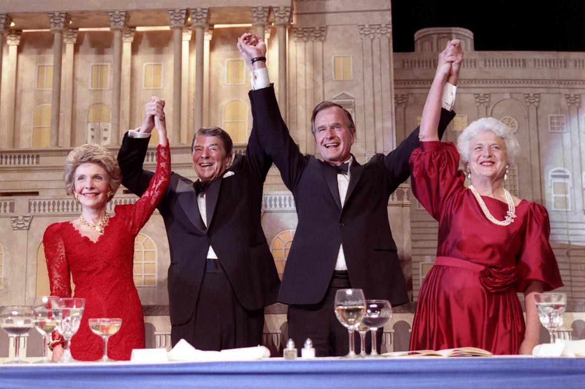 Bush a Reagan strávili v Bílém domě společně dvě volební období