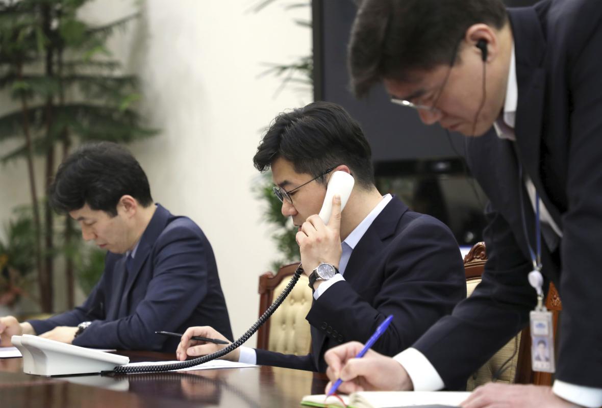Zkouška horké linky mezi Korejemi