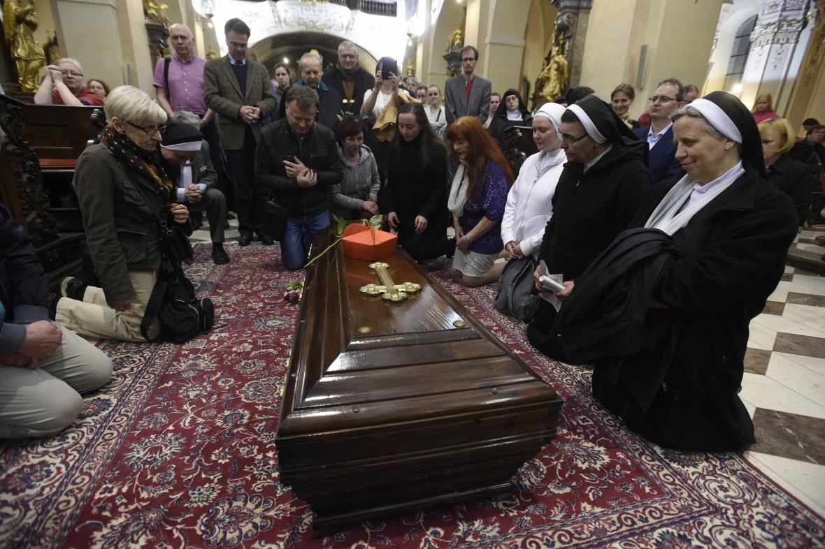 Rakev s ostatky kardinála Berana ve Strahovském klášteře
