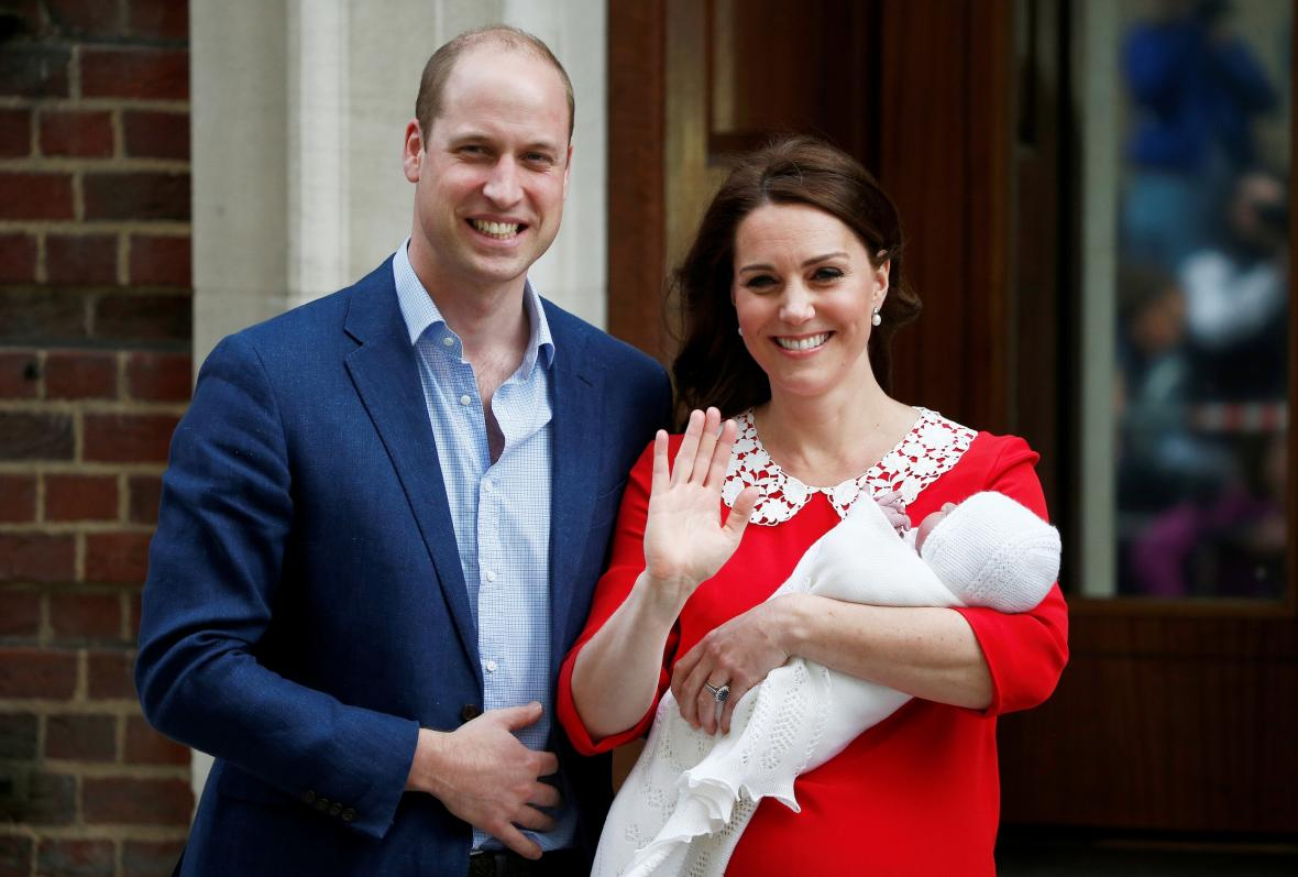 William a Catherine představili svého syna světu jen několik hodin po narození