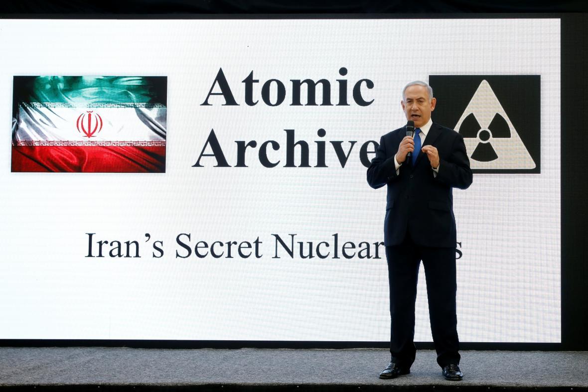 Netanjahu při prezentaci dokumentů o íránském jaderném programu