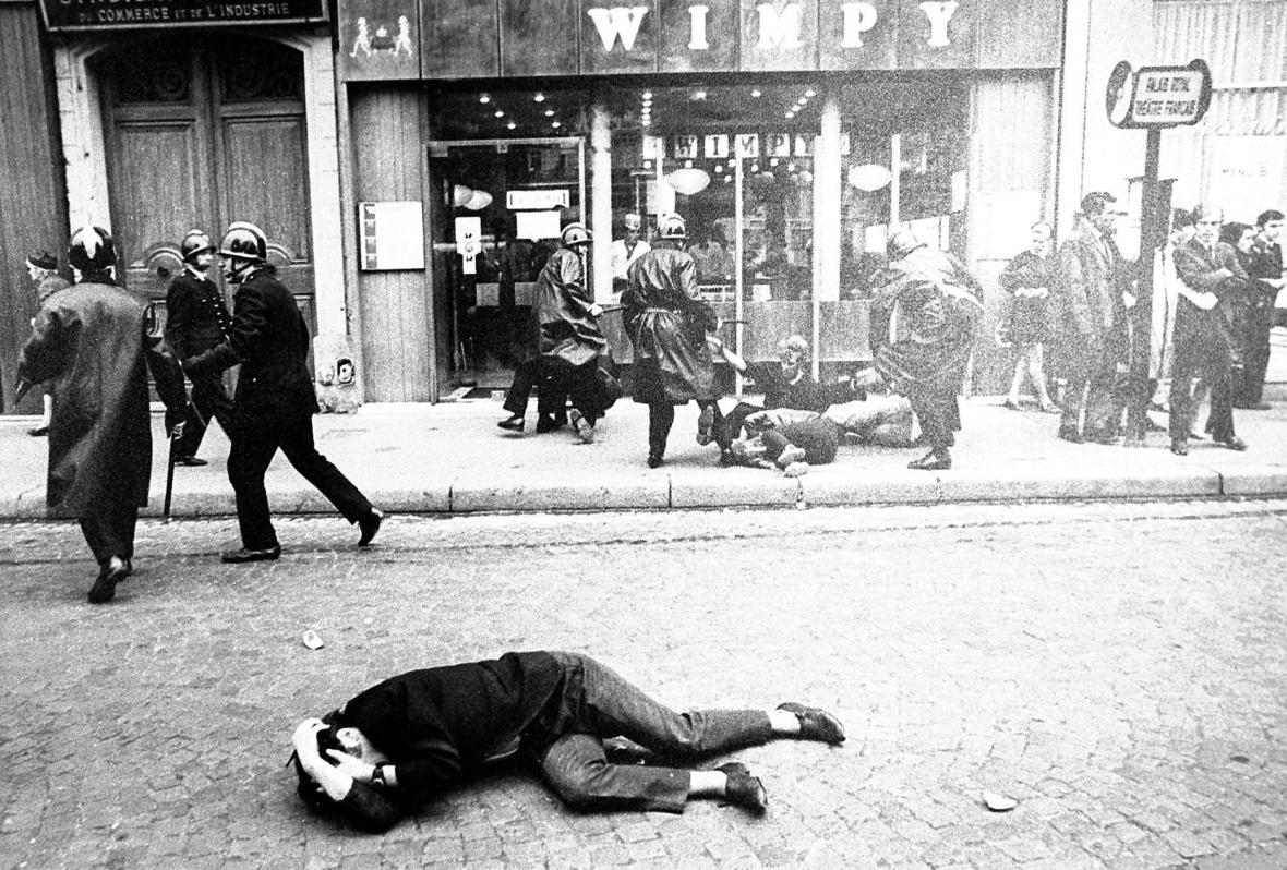 Studentské nepokoje ve Francii v květnu 1968