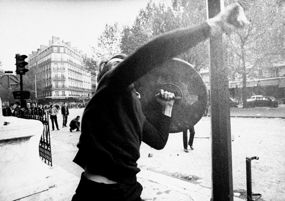 Studentská revolta v květnu 1968 v Paříži