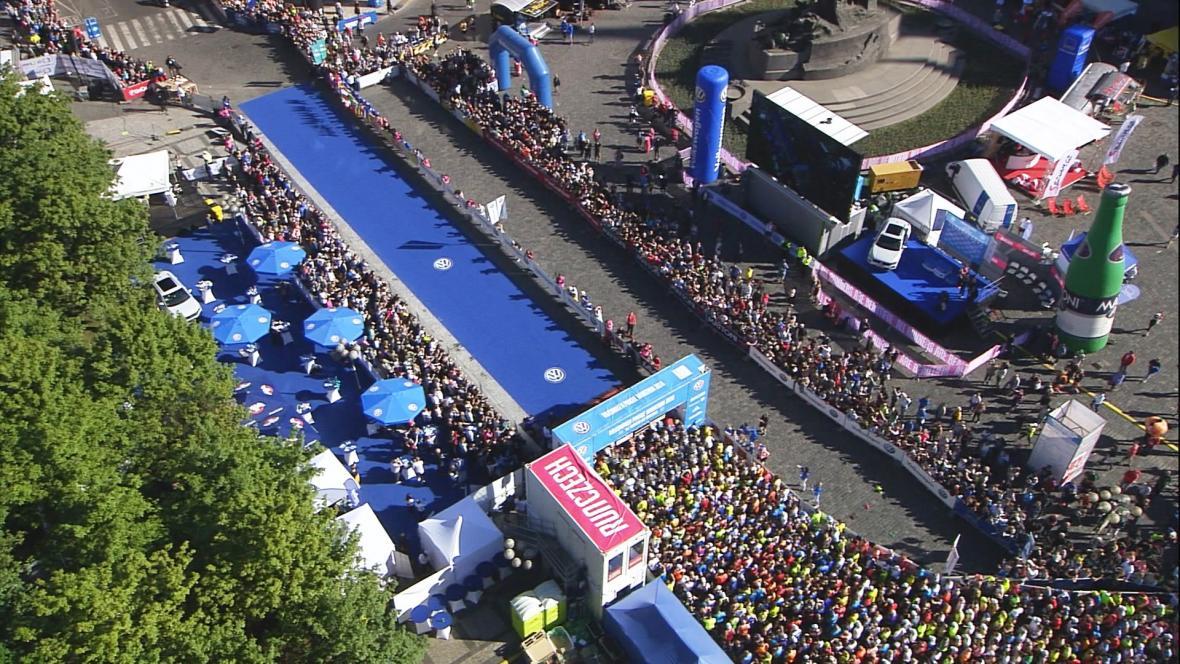 Start Pražského maratonu 2018