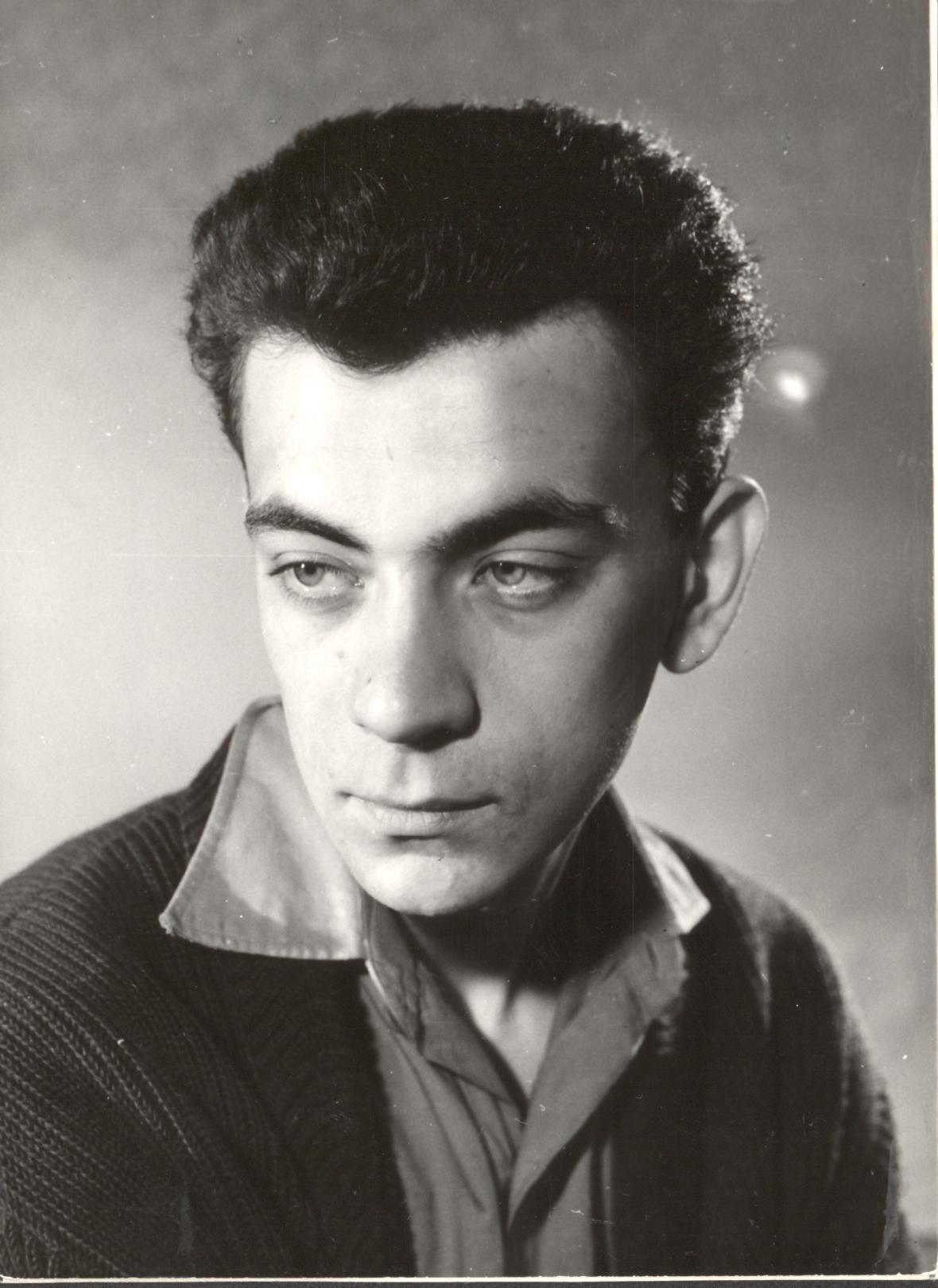 Portrét herce Petra Čepka. Foto: Autor neznámý, polovina 60. let 20. století, Fotografický fond IDU
