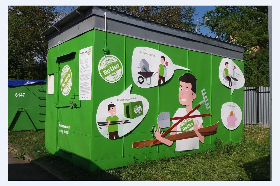 Budka projektu ReUse ve sběrném středisku odpadů