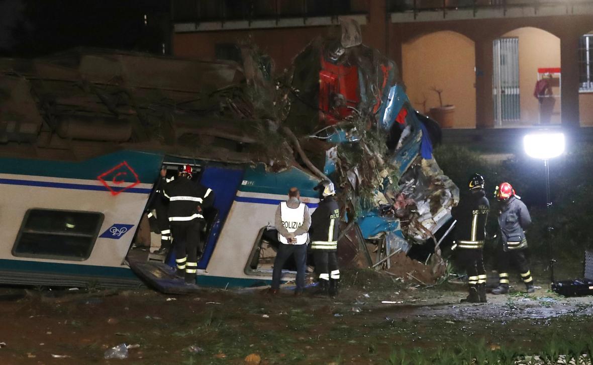 Vlakové neštěstí na severu Itálie