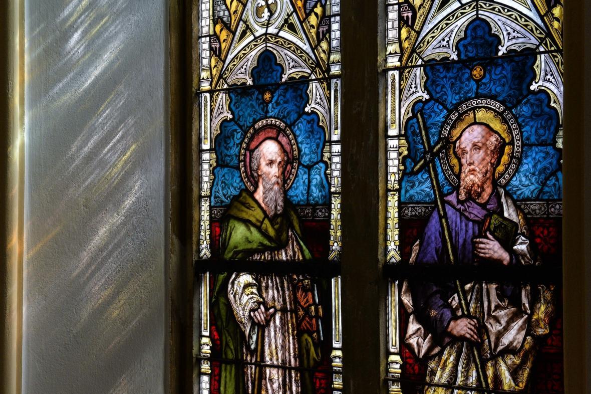 Vitráž libereckého kostela svatého Antonína Velikého